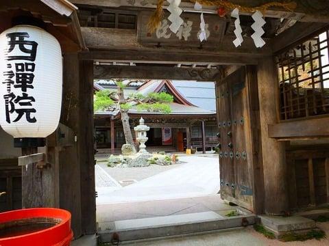 高野山で精進料理が堪能できる宿坊・西禅院