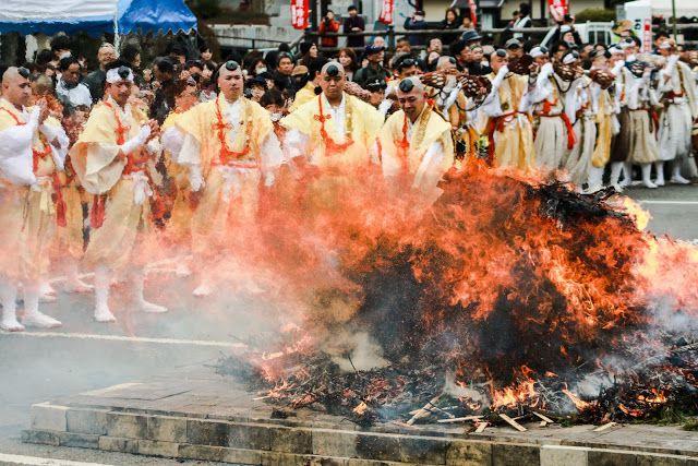 高野山に春の訪れ♬3月の第1日曜日は高野の火まつり